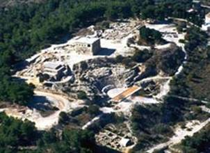 http://www.ancientsandals.com/overviews/pictures/sep_201_theater_aerial_ne_122_17_bp_tn.jpg