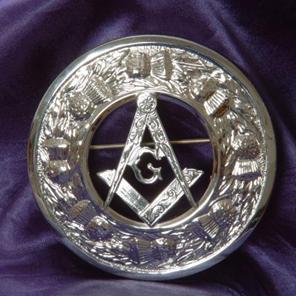 http://www.mcmullinkilts.co.uk/images/masonic%20brooch%20large.jpg